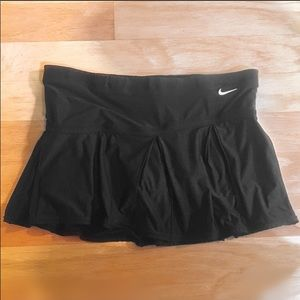 Nike Black Athletic Skirt with Shorts Inside Small